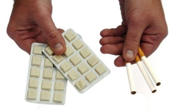 Заместете цигарите с дъвки, пластири или таблетки, съдържащи никотин за определен период. Тези инструменти ще улеснят процеса на отказване от тютюнопушенето.