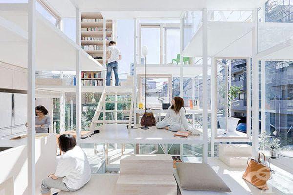 Стъклена къща в Токио - интериор