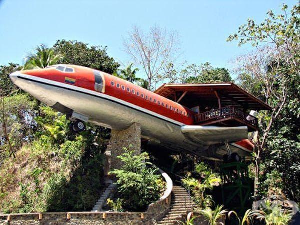 """Хотел """"Боинг 727"""" - Коста Рика"""