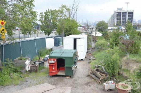 Къща от контейнер за отпадъци в Бруклин