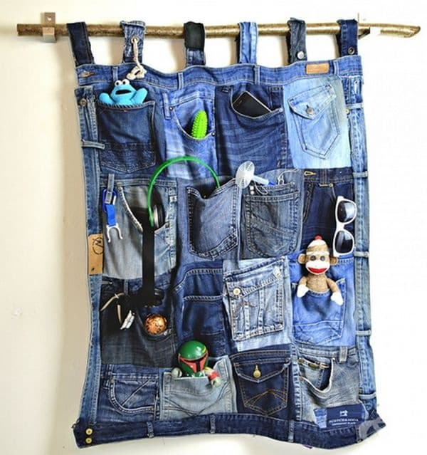 Органайзер с множество джобове.