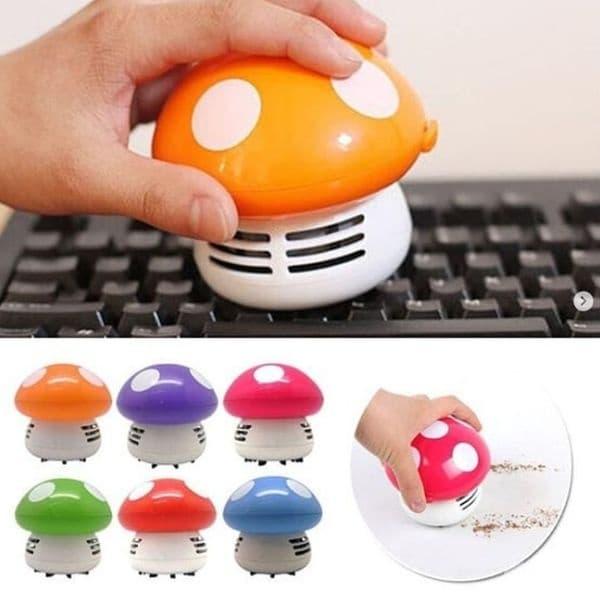 Тази мини прахосмукачка е предназначена за почистване на клавиатури, лаптопи и мебели.
