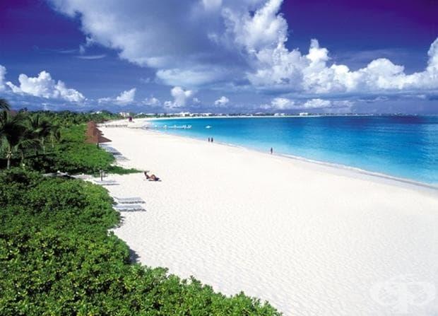 Търкс и Кайкос е архипелаг от 40 коралови острова в Атлантическия океан, намиращ се югоизточно от Бахамските острови. Изпълнен е с бели пясъци и кристално сини води.