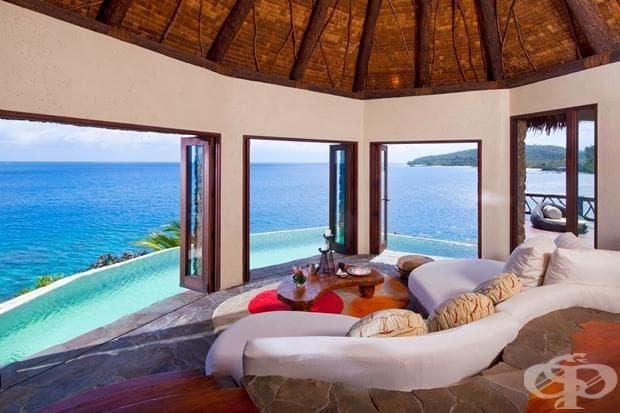 Фиджи е архипелаг, състоящ се от повече от 300 острова. Забележителните сини лагуни и плажове с палми пленяват всеки.