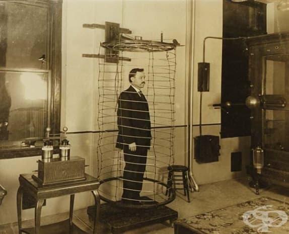 Уредът от тази снимка се ползвал за електротерапия.