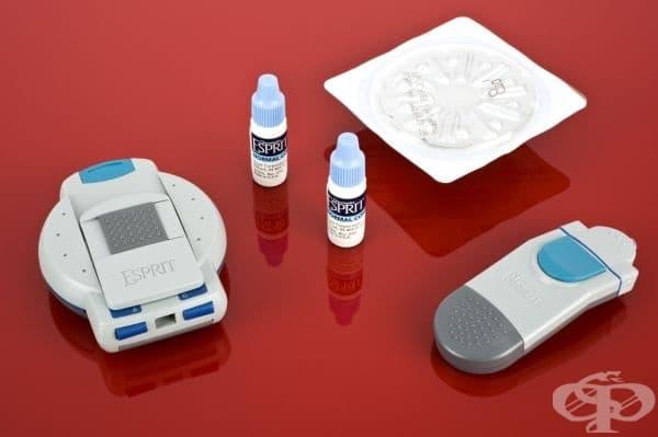 """Апарат, измерващ кръвната глюкоза на """"Байер"""" от 1999 година"""