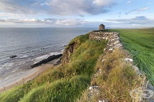 Храмът Мусендел и плажът Даунхил, Северна Ирландия (Драгънстоун)