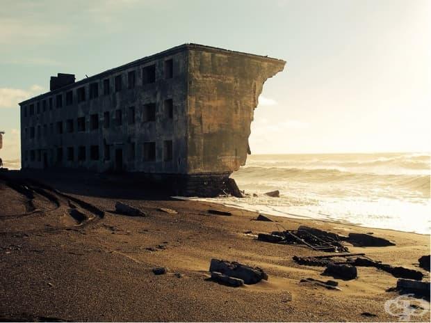 Изоставен рибарски град на полуостров Камчатка, Русия