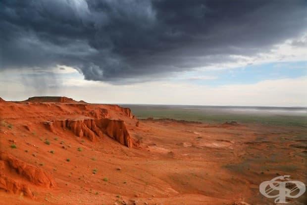 Буря в Червената скала, Монголия