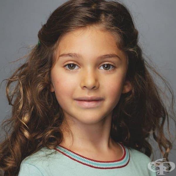 Клио Бъкман Швимер, дъщеря на Дейвид Швимер.