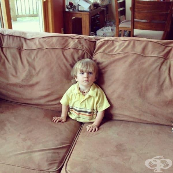 """""""Забелязах сина ми да гледа телевизия по този начин. За момент се изплаших."""""""