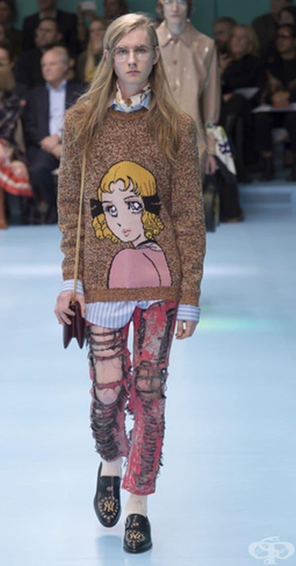 Моделите на Gucci представиха нова колекция с много необичайни аксесоари, пред които всички останаха безмълвни