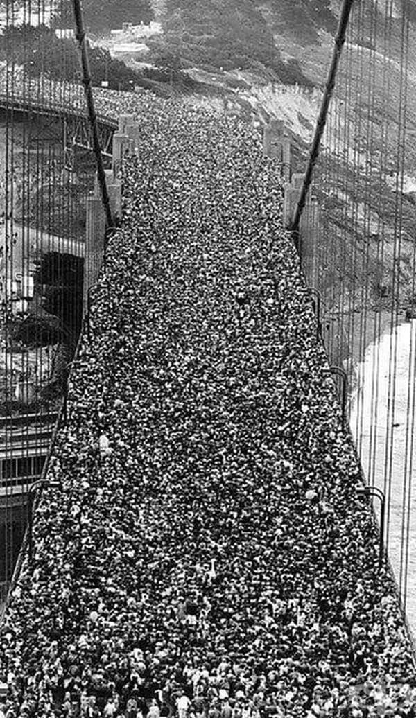 """Откриване на моста """"Голдън Гейт"""", Сан Франциско, 27 май 1937 г."""