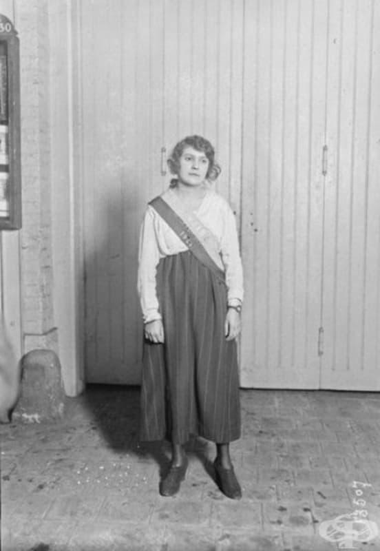 Алиса Улпиан, кралица на красотата. Франция, 1921.
