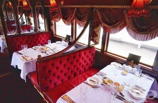 Ресторантът организира затворени приеми, гала вечери и специални поводи.