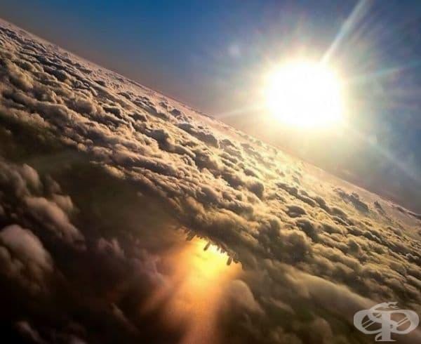 Отражение на Чикаго в езерото Мичиган, заснето от самолет.