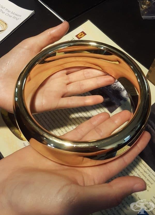 """Реквизит, който е бил използван за близък план във """"Властелинът на пръстените""""."""