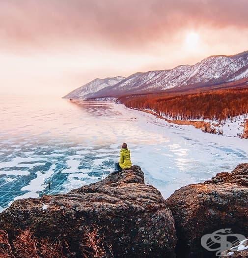 13 магични снимки от замръзналото езеро Байкал
