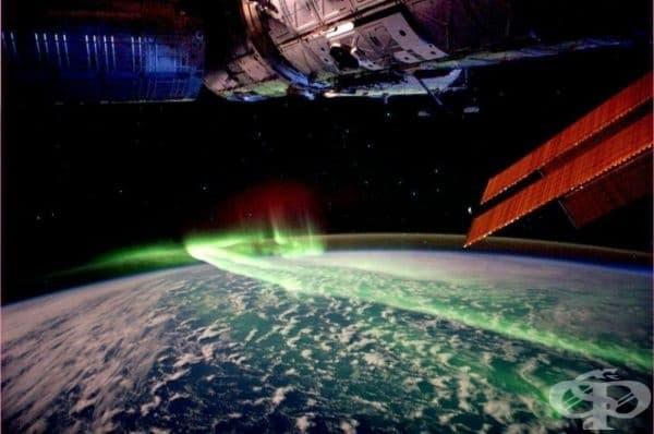 Северното сияние, наблюдавано от космоса.