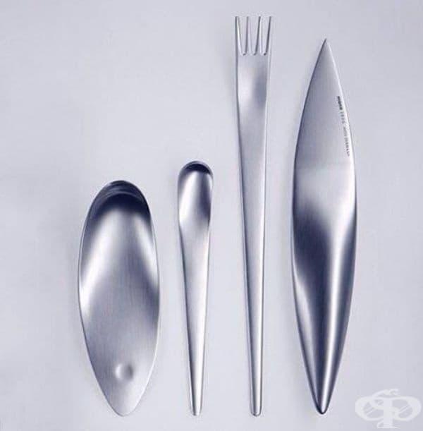 Стилни прибори за хранене с плавни линии.