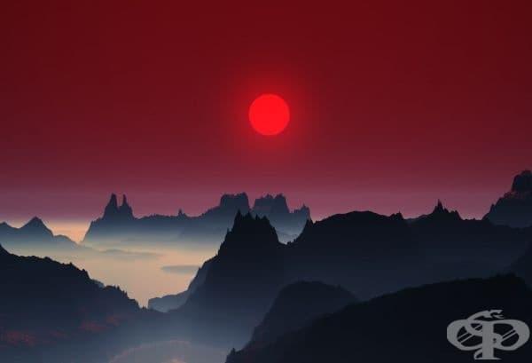 Залез над планините в Япония.