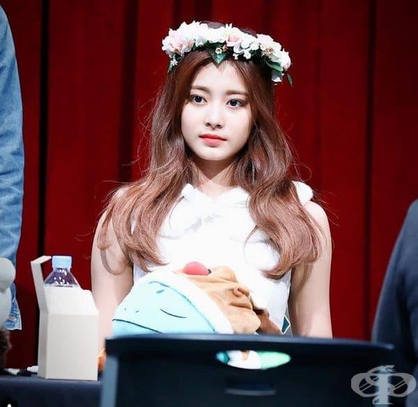 3. Чу Цзу-Ю, певица, Тайван. Певицата става известна не в родината си, а в Южна Корея. Член е на популярна музикална група.