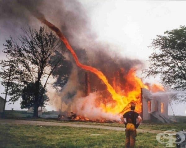 Огнено торнадо.