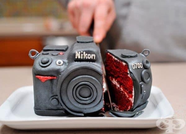 """Торта """"Камера Никон""""."""