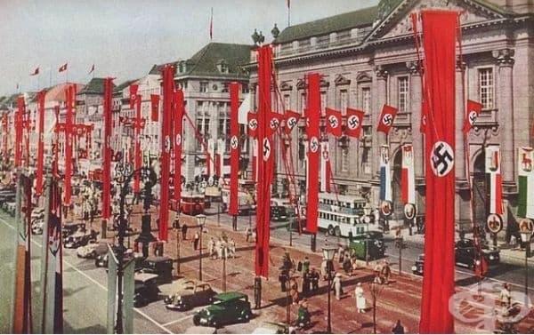 А това е снимка на Германия през 1930г.