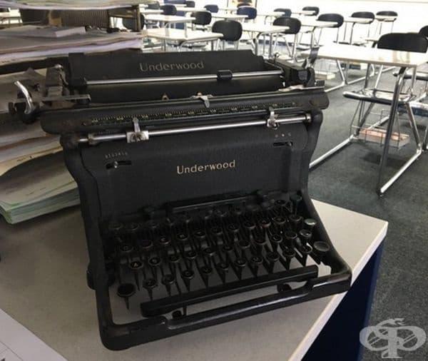 Печатна машина Underwood от 1930 г. в идеално състояние.