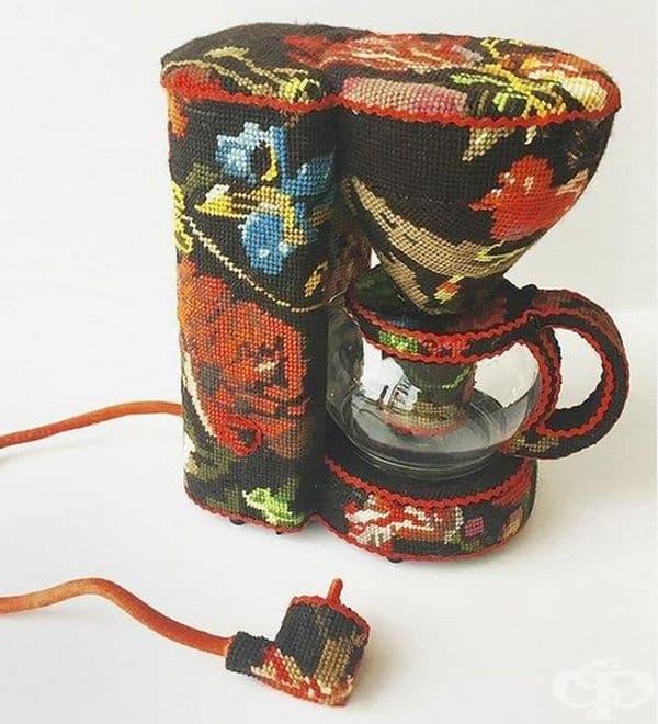 Според вас тази кафемашина истинска ли е или декоративна?