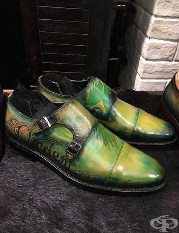 Забележителни обувки.