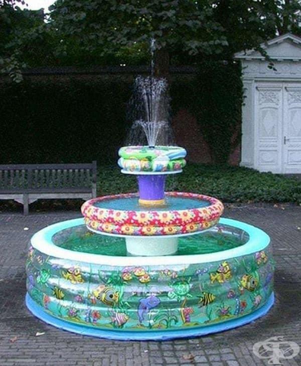 Интересно предложение - детски надуваеми басейни, използвани за фонтан.