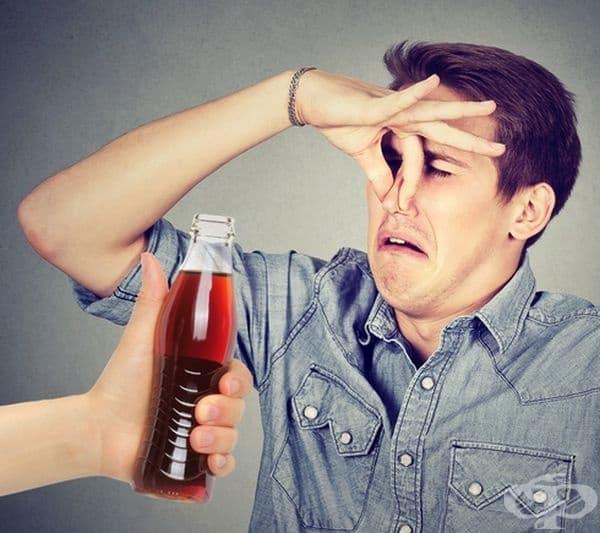 """Газирана напитка с мириз на пот. През 2007 г. Jones Soda Co издава серия от напитки, посветени на """"Сиатъл Сийхоукс""""-професионален футболен клуб в американския футбол. Напитката излезе в ограничена версия, разбира се без пот от играчите."""