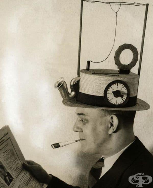 Преносимо радио в сламена шапка, направено от американски изобретател, 1931 г.