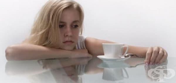 Хронична умора - проявява се като усещане за притискане, изтощение, придружено от слабост в мускулите.