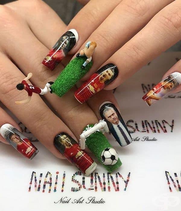 Жените също обичат футбол.