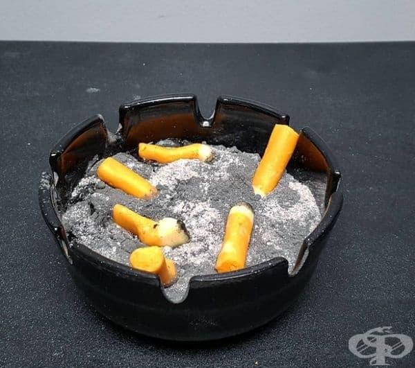 Пепелник, изработен от ванилова панакота, шоколад, сладкарска прахообразна паста.
