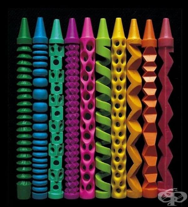 Моливи, превърнати в скулптури.