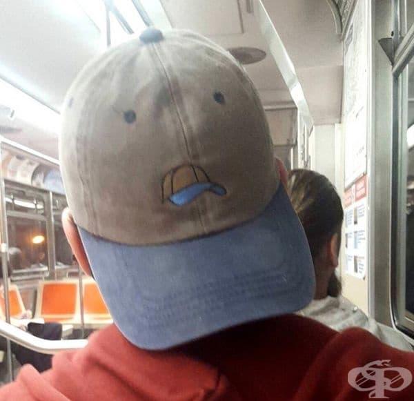 Шапка на шапка.