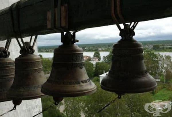 През 1445 г. в Москва всички камбани са зазвънели от само себе си. Това се е случило и в Киев през 1091 г. и отново в Москва през 1802 г. Каква е била причината?