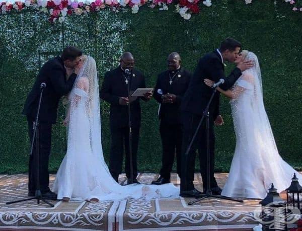 Близнаци се женят за близначки по време на Фестивала на близнаците в Охайо