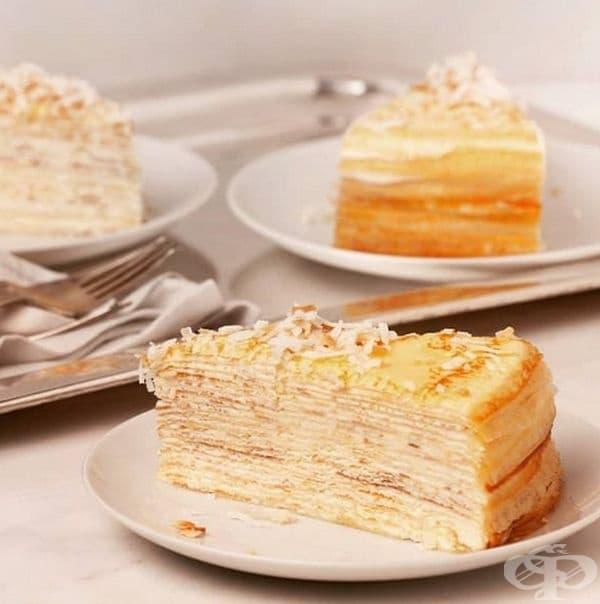 Торта от тънки палачинки с ром и кокосови стърготини от Lady M Confections.