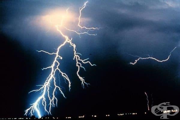 Всяка секунда повече от 100 светкавици поразяват Земята.