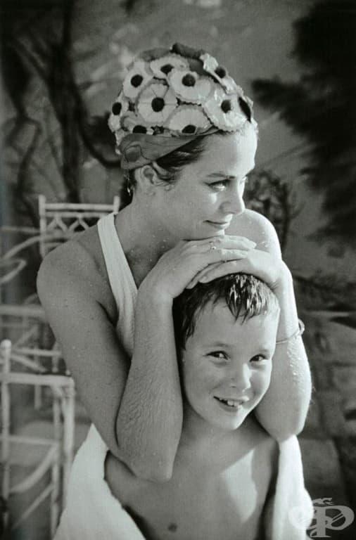 Грейс Кели и синът й Албер, 1967 г.