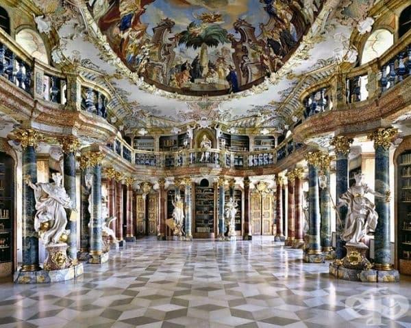 Библиотеката на Абатство  Виблинген, Германия.