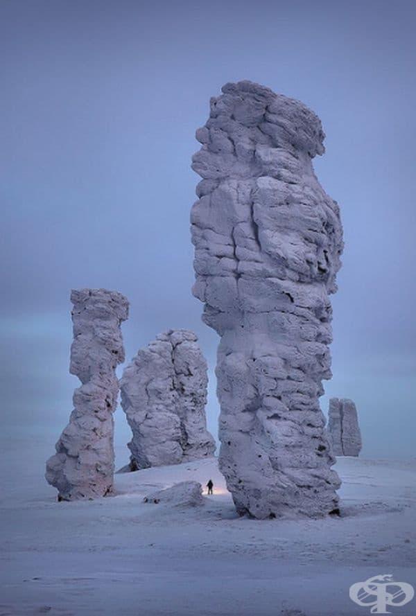 Скалните образувания Манпупунер, планина Урал, Русия.