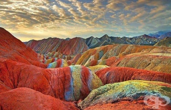 Шарените планини, Гансу, Китай.