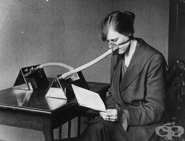 Специална предпазна маска против испански грип в Англия през 1919 г.