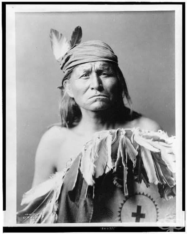Воин Апачи, 1903 г.